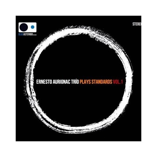 Plays Standards. Vol.1 (1 CD)